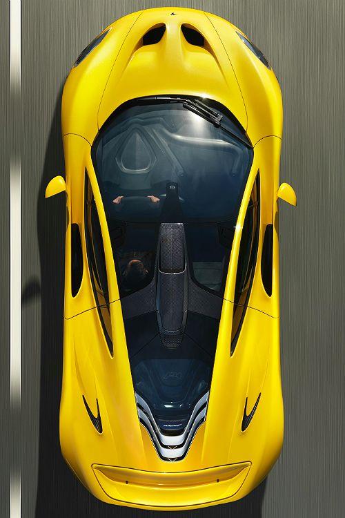 2014 McLaren P1.