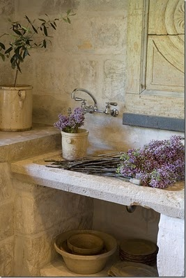 perfect sink for flower arrangement in pantry