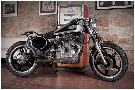 "1980 Honda CX500""Testardo"" - Pipeburn"
