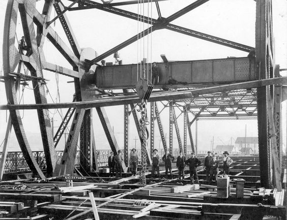 Working Conditions 1900-1946 in #Vancouver Archive Photos of the Day: On The Job » Vancouver Blog Miss604