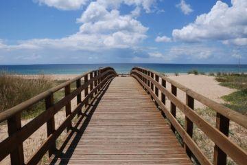 Quinta do Lago Bridge to Beach via http://www.quintadolagogolfvilla.co.uk