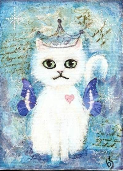 Fairy cat Friday, plus it's got a crown on!