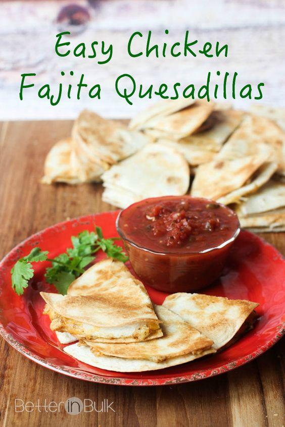 Easy Chicken Fajita Quesadillas - a quick dinner recipe, after school snack, or delicious lunch!  #ad