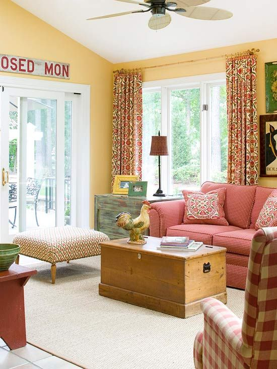 Red living rooms cottage chic red living rooms and living rooms for Cottage living room colour schemes