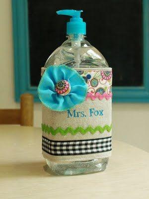 Teacher Gift Idea: Personalized Sanitizer Bottle Wrap