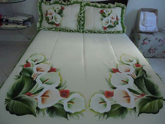 pintura en tela para un cubre cama