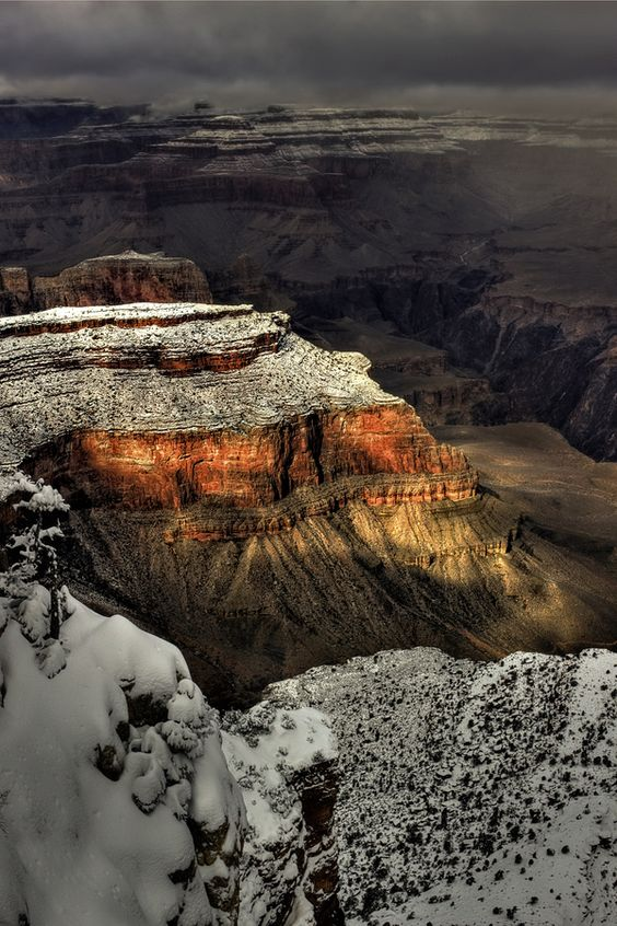 Grand Canyon in snow - this is gorgeous