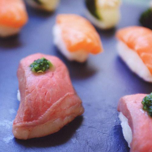 How to make sous vide wagyu steak nigiri | Nomiku