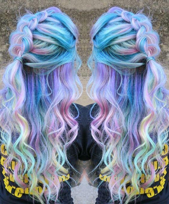 Pastel purple rainbow dyed hair @singi.vo.peters: