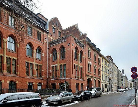 Berlin - St. Hedwigs-Krankenhaus aus den Jahren 1851 bis 1928 von Vincenz Statz und Albert Kinel_03