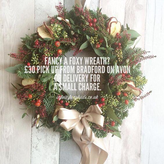 #traditionalwreath #christmaswreath #wreath #wiltshireflorist #bathflorist #bristolflorist #bradfordonavonflorist #bradfordonavon