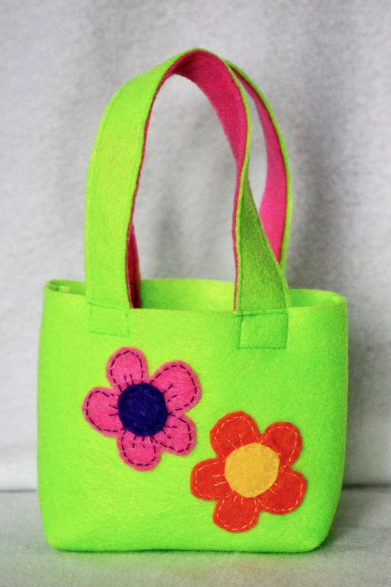 Felt gift bag childs small tote candy bag springtime purse felt gift bag childs small tote candy bag springtime purse spring colorful flowers minion easter decoration easter gift bag negle Image collections