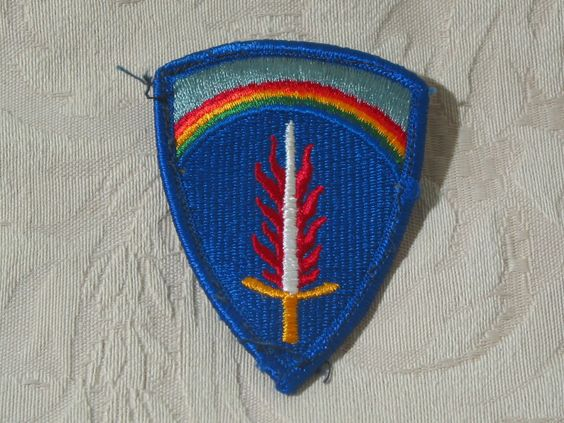 MILITARY SHOULDER PATCH European Command United States Army Europe No Combat  Junk_611  http://ajunkeeshoppe.blogspot.com/