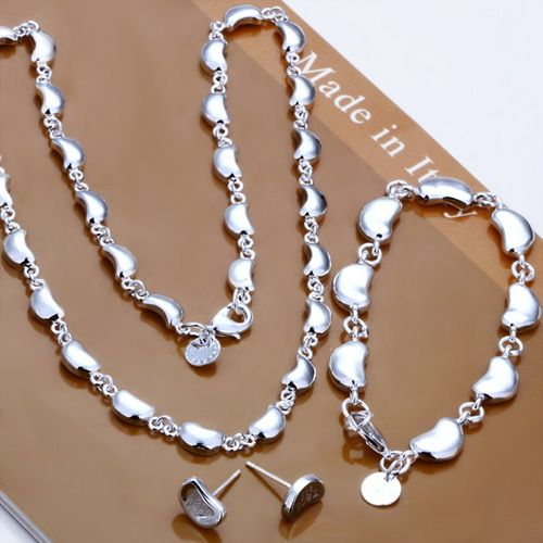 New Tiffany and co sets tiffset883309 This Tiffany Jewelry Product Features: Category:Tiffany & Co Sets Material: Sterling Silver Manufacturer: Tiffany And Co