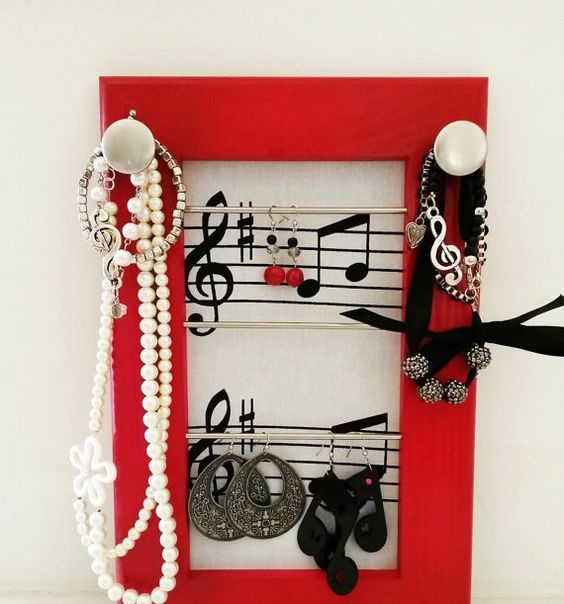 trame de musique organisateur bijoux cadre organisateur bijoux cintre de sac echarpe collier. Black Bedroom Furniture Sets. Home Design Ideas