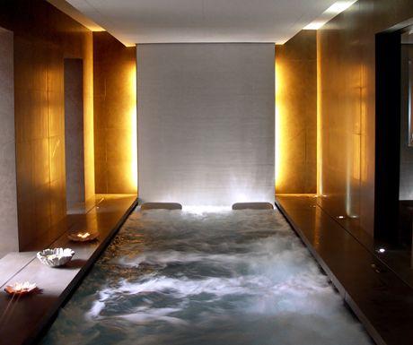 Top 10 luxury hotels in Barcelona  http://www.aluxurytravelblog.com/2013/07/02/top-10-luxury-hotels-in-barcelona/