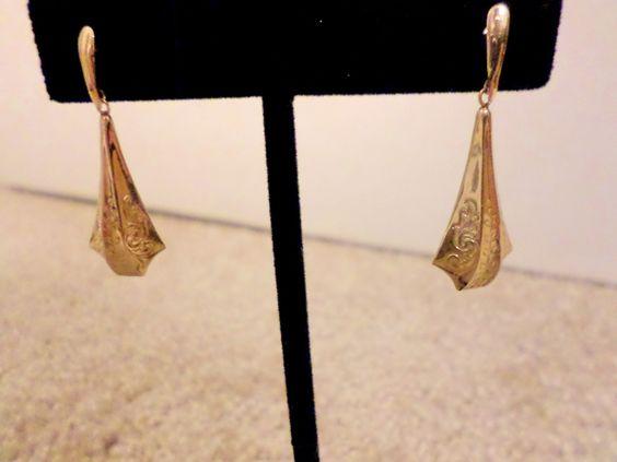 Victorian Drop Earrings by vintagevixenjewelry1 on Etsy