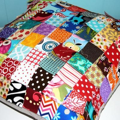 I Spy Quilted PIllow {Pictured Instructions}