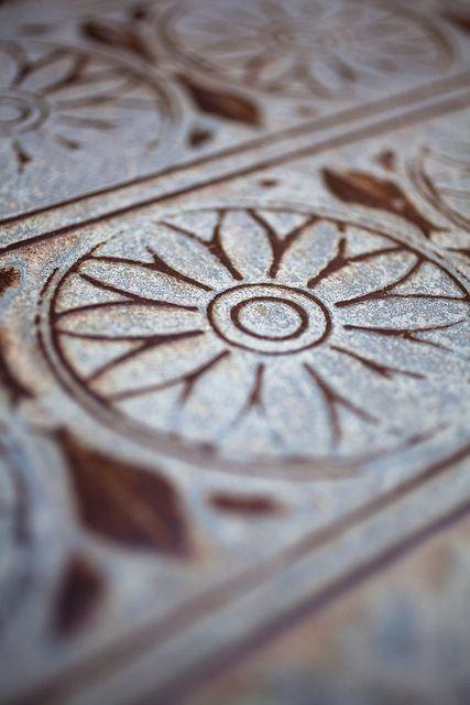 Enlever Rouille Sur Carrelage Par Patrick H Lauke Flickr Enlever La Rouille Rouille Carrelage
