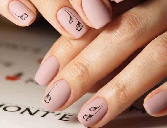 10 весенних трендов маникюра для коротких ногтей