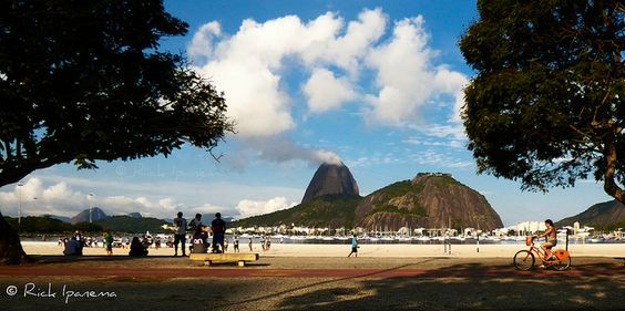 Praia de Botafogo e Pão de Açucar - Botafogo Beach and Sugar Loaf - Rio de Janeiro - Brasil | Flickr: Intercambio de fotos