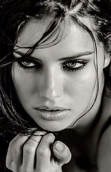 Adriana Lima ♥: