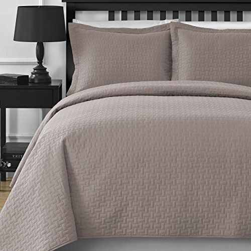 Comfy Bedding Extra Lightweight Frame 3 Piece Bedspread Coverlet Set King Cal King Khaki Comfy Bedding In 2020 Comfy Bed Coverlet Set Bed Frame