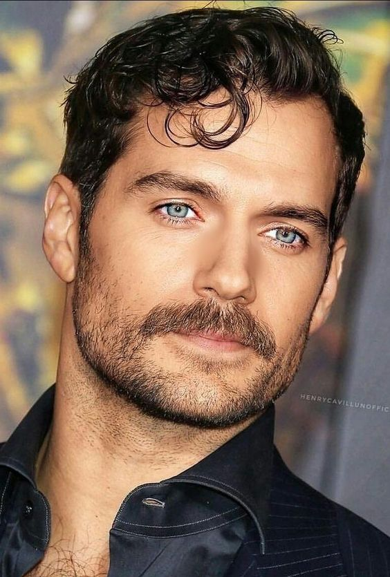 Henry Cavill most handsome man ever born unto this earth