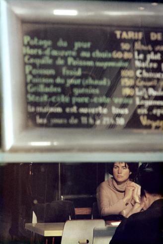 Menú, París, 1959 by Saul Leiter #street photography