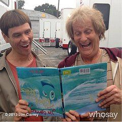 The first Dumb and Dumber To picture!