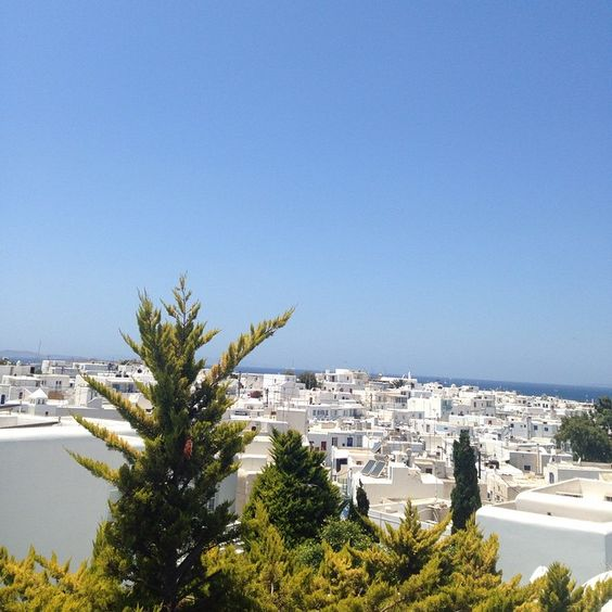 Meanwhile in Mykonos...... #ecru #travel #Greece #holiday #white #inspiration