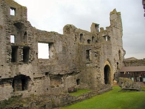 English Castles - Middleham Castle