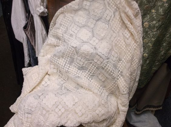 Lace Vintage Table Cloth by MossyRoseCB on Etsy