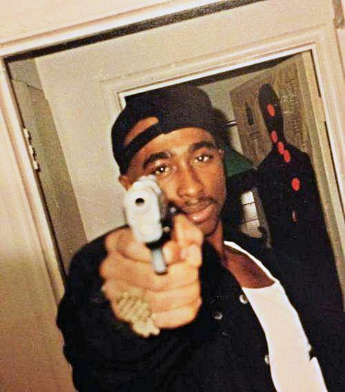tupac shakur influence on hip hop A 90s hip hop legend there are few hip hop artists who have had as large of an impact on the music world as tupac shakur the west coast rapper was actually born in new york city, and he would break into the music business thanks to a guest spot on a digital underground track in 1991.