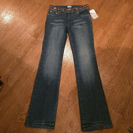 BRAND NEW No Boundaries Jeans No Boundaries size 7 Dark Sandblast Junior stretch jeans No Boundaries Jeans Straight Leg