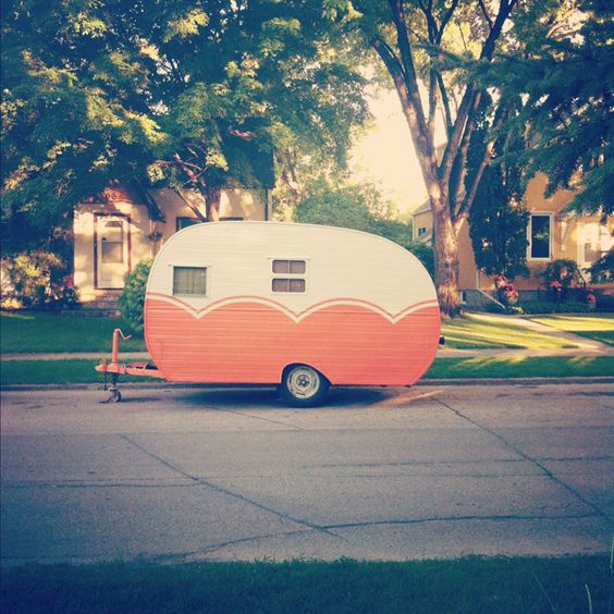 I'm totally jumping on the cute trailer bandwagon and wish I already had one for this summer's camping trips!