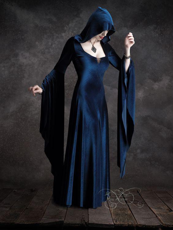 Handmade Gothic Harajuku Fashion W H Naoto Spiderweb Bag: Aislinn Gothic Dress W Hood