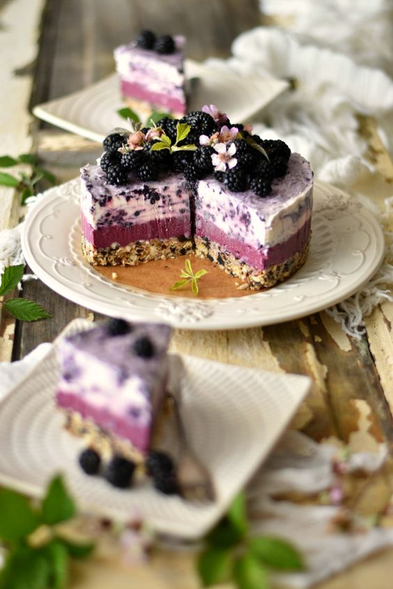 wild blackberries ice cream cake