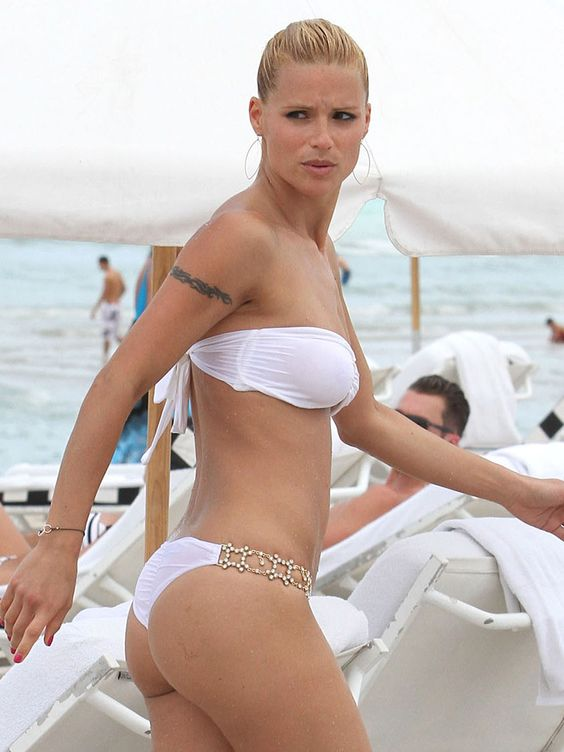 Happy Birthday to Michelle Hunziker, My Future Adopted Mom ...