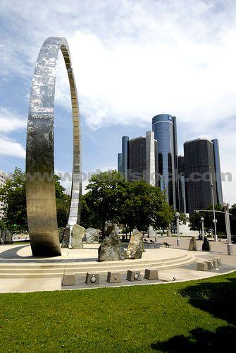 detroit landmark   Center And GM General Motors World Headquarters Downtown Detroit ...