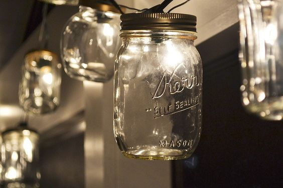 Really cute Mason Jar string light DIY. I think I wanna put these in my room next year. http ...