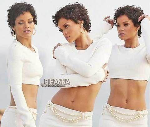 Rihanna S Pretty Lovely Short Curly Hair Pics Curlyshorthair In 2020 Short Curly Hair Rihanna Curly Hair Curly Hair Styles