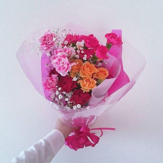 お母さんいつもありがとう #thankyou #thankyoumom #mothersday #flowers #rose #carnation #어버이날 #장미 #카네이션 by ru_arikana