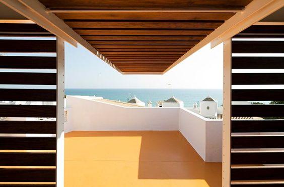 Casa no Levante, Lagoa, 2011 - Camarim Arquitectos