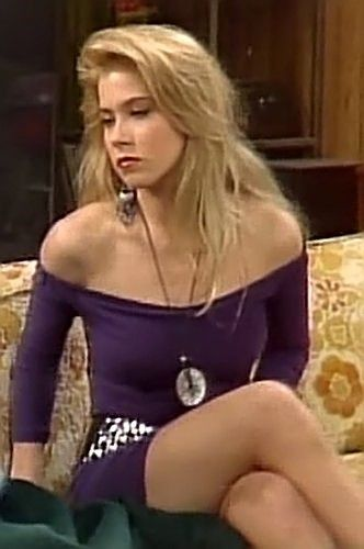 Christina Applegate As Kelly Bundy  Actresses Of The 50S -4122