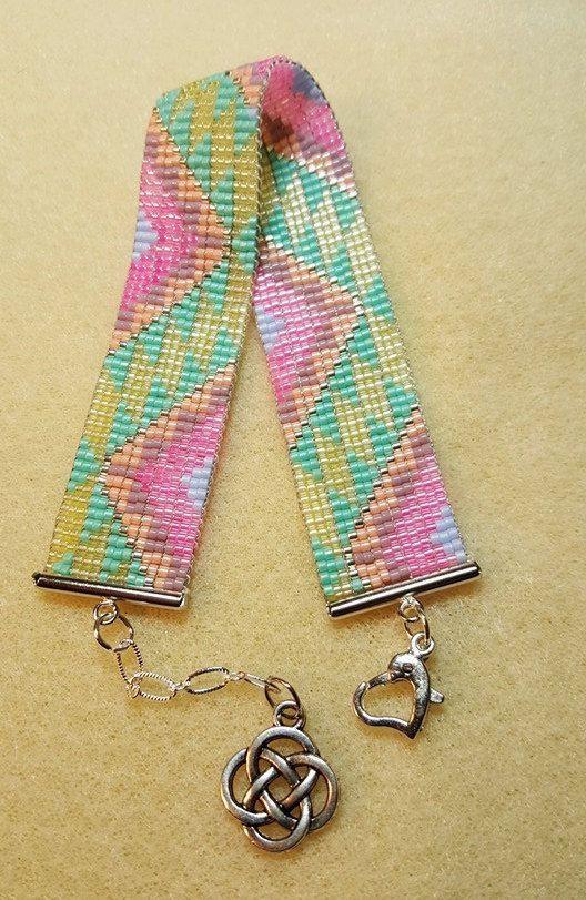 Pastel zig-zag bracelet by MoonriseCreations on Etsy