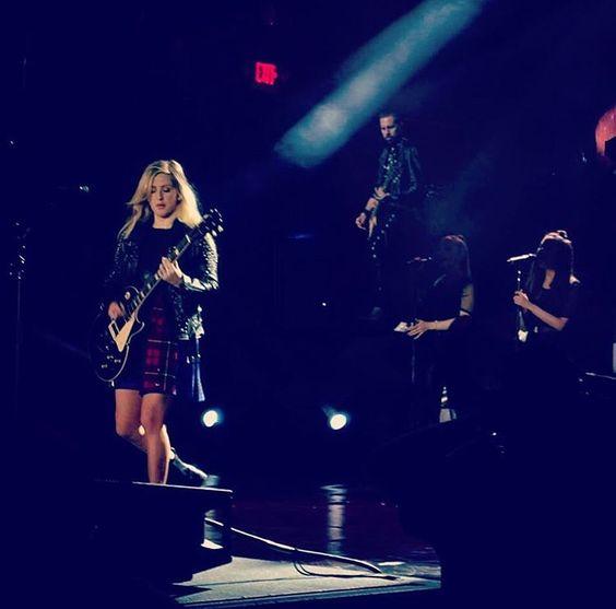 Ellie Goulding performance in Columbus Ohio