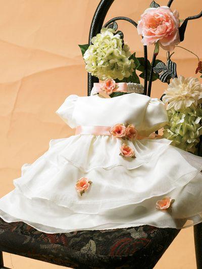 Ein zauberhaftes Blumenkinderkleid für Babys ist das Kleid Ramona. Erhältlich in weiß/rosa, creme/pfirsich und rosa/fuchsia sowie in den Größen 68 bis 86. http://www.julias-traumboutique.com/Brautmaedchenkleid-Ramona-Festkleid-fuer-kleine-Blumenmaedchen-Gr-68-bis-86