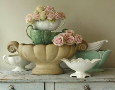 so vintage shabby <3: Rose, Mccoy Pottery, Idea, Vintage Wedding, Vintage Pottery, Shabby Chic, Vintage Planters, Vintage Vases, Flower