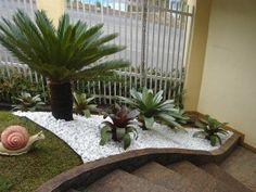 Construindo Minha Casa Clean: Jardins Externos!!! Fachadas com plantas, gramas e pedras!